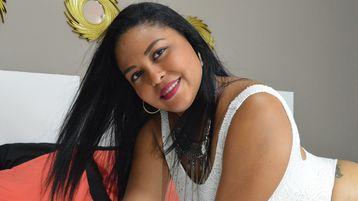 Show-ul fierbinte al lui KarenRoldan – Fata pe Jasmin