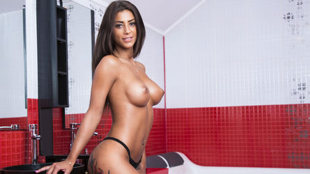 VanessaRusso | Camworms
