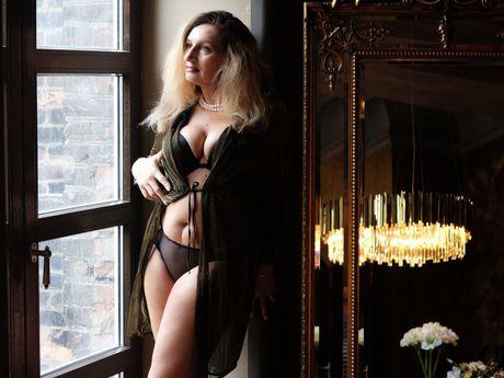 ReginaQuin | Wikisexlive