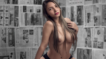 SexyLitGirl | Chat Camgirlsexlive