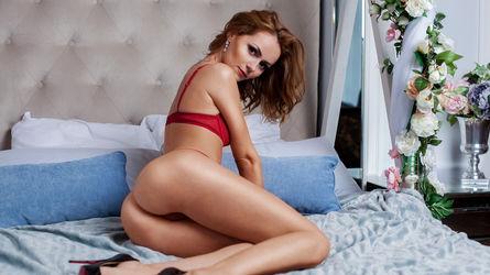 AlizeeMills | Livelady