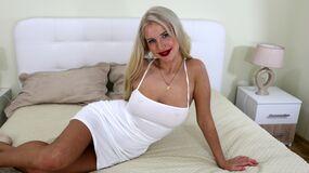 Britneymore:n kuuma kamera-show – Nainen sivulla Jasmin