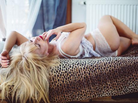 RoxanneFlirt | Wikisexlive