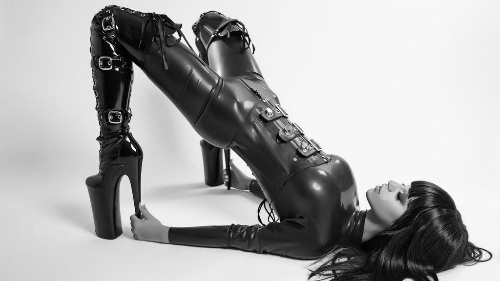 Anisyia's hot webcam show – ガールズ on Jasmin