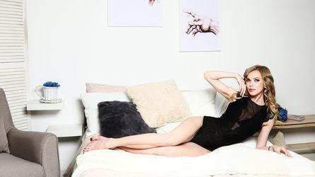 MelinaChrystal