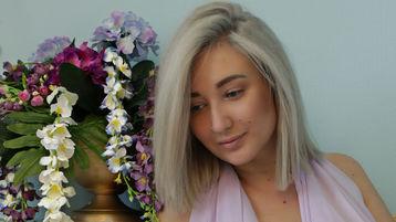 Show-ul fierbinte al lui MatrioshkaRu – Fata pe Jasmin