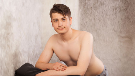 SweetShyAlten | Livecamboys Peterfever