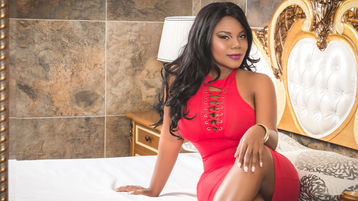 Show-ul fierbinte al lui AlionaEvans – Fata pe Jasmin