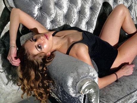LeonellaSun | Hellocamgirl