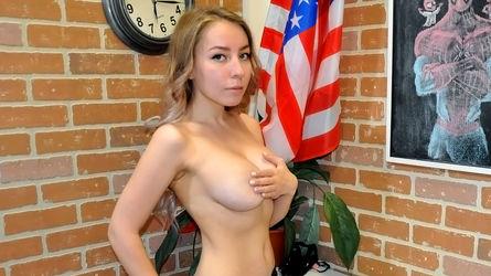 MonicaBusty