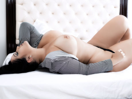 SamanthaCollins
