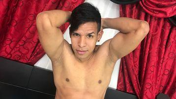 Show quente na webcam de AnzorrBOY – Rapaz para Elas em Jasmin