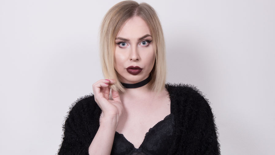 SerenaHotty | Webcamsftw