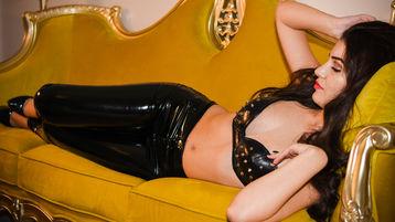 Show-ul fierbinte al lui ACandyDoll – Fata pe Jasmin