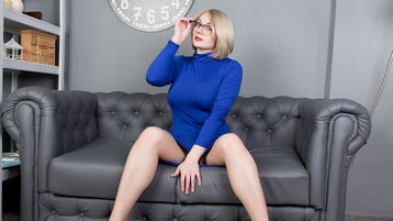 Show-ul fierbinte al lui bustysvetlana4u – Fata pe Jasmin
