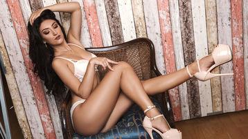 Show-ul fierbinte al lui HoneyDiva – Fata pe Jasmin