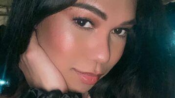TasteOfInnocence's hete webcam show – Transgendered op Jasmin