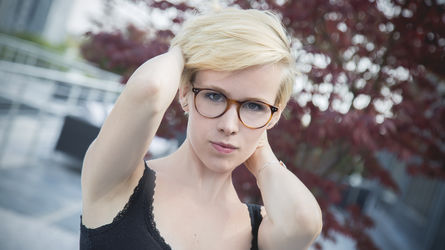 BlondieBae