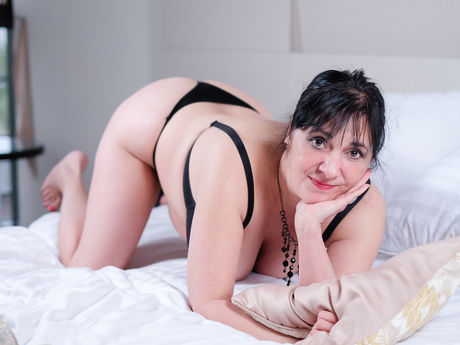CarlaMilles | Adult-video
