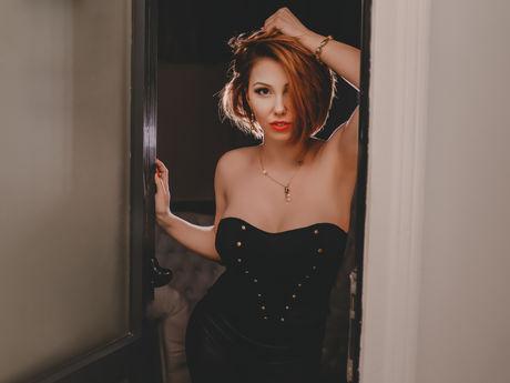 AdelinneHolly | Sexvideo