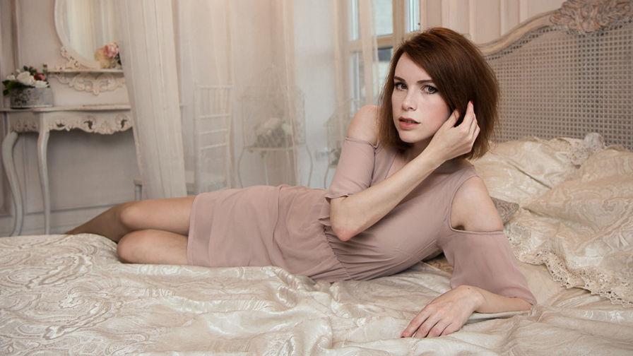EvaRedCherry | Livelady