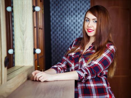 MilanaGloss | Hottestgirlslive