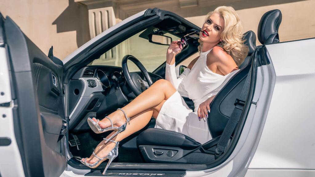 SandraDiamond's hot webcam show – Girl on LiveJasmin