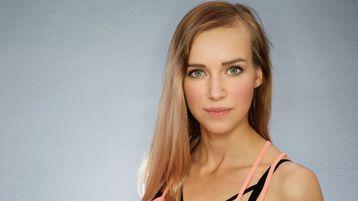 KatieKisss hete nettkamera show – Het flirt på Jasmin