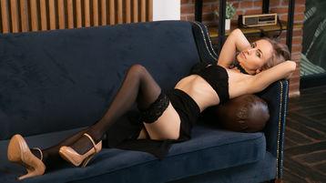 Show di sesso su webcam con Mortebella – Ragazze su Jasmin