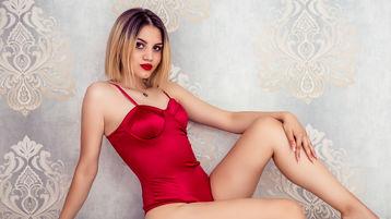 Show di sesso su webcam con BellePruce – Donna su Jasmin