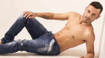miguelLARRYxxx's hot webcam show – Boy on boy on Jasmin