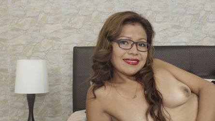 ChloeDovoa's profile picture – Mature Woman on LiveJasmin