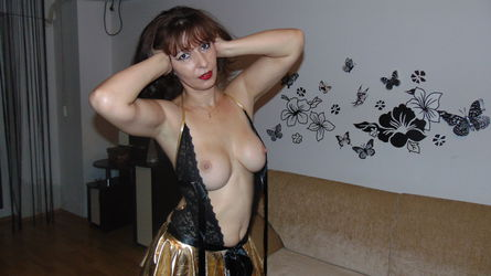 devilinbed's profile picture – Mature Woman on LiveJasmin