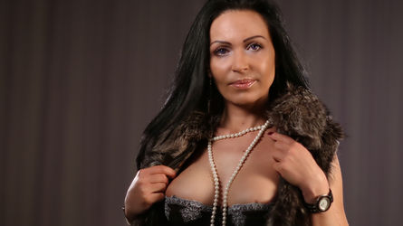 Cum2MammyX's profile picture – Mature Woman on LiveJasmin