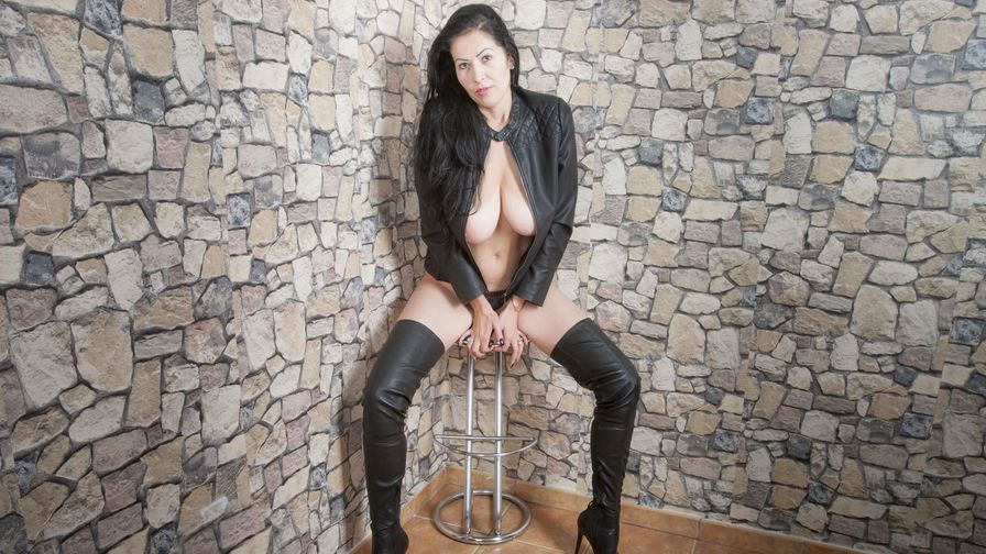 NikoleDiamond's Profilbild – Erfahrene Frauen auf LiveJasmin
