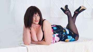 Show di sesso su webcam con JullySoXHotX – Ragazze su Jasmin