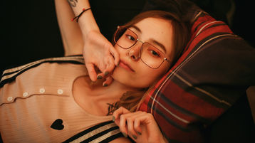 Show caliente de webcam de HelenShyGirl – Flirteo Caliente en Jasmin