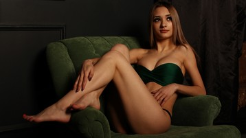 IndiraGraceful's hot webcam show – Hot Flirt on Jasmin