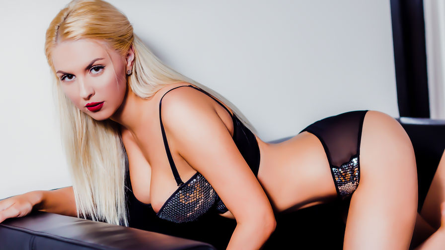 HornyBlonde1's profile picture – Girl on LiveJasmin