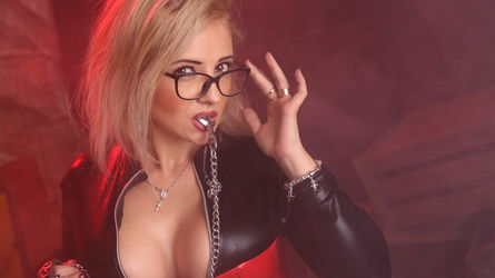 VixenMILF's profile picture – Fetish on LiveJasmin