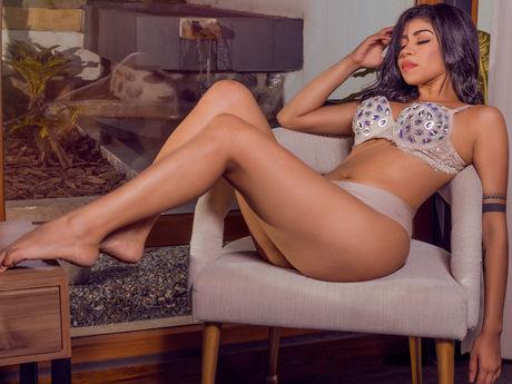 AngelinaMicheil