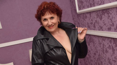 MatureLaura's profile picture – Mature Woman on LiveJasmin
