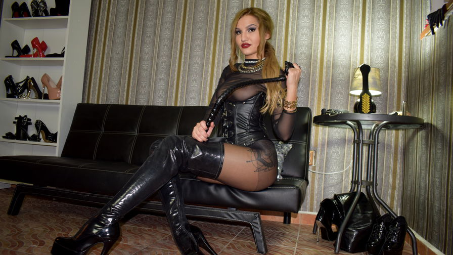 MistresssKarina | LiveJasmin