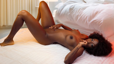 EvaMilani's profile picture – Girl on LiveJasmin