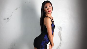 Show di sesso su webcam con UrWiLDfantasYts – Transessuali su Jasmin