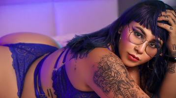 Pyro szexi webkamerás show-ja – Lány a Jasmin oldalon