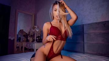 Spectacle webcam chaud de CarolineMayer – Fille sur Jasmin
