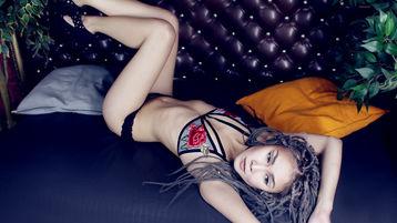 Show di sesso su webcam con AdalynSky – Ragazze su Jasmin