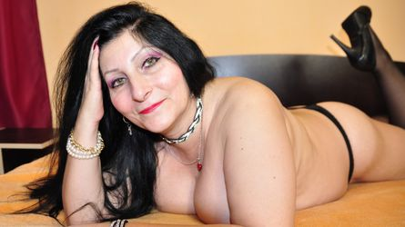 xMaleficentx's profile picture – Mature Woman on LiveJasmin