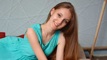 Show fierbinte la webcam AnnySunShine  – Flirturi fierbinti pe Jasmin